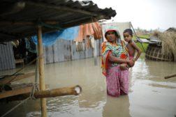 Dramatisk flom i Bangladesh og India